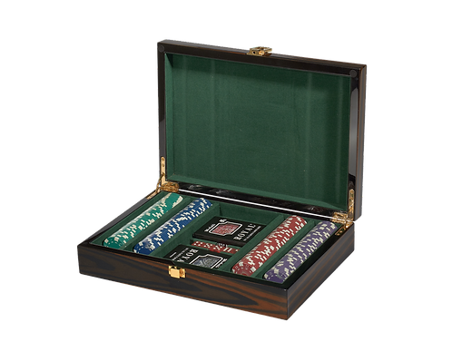 Tizo Lacquered Wood Poker Set