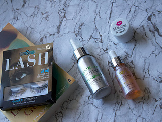 SpaceNK Cosmetic Travel Bag - how I pack it & what I would carry.