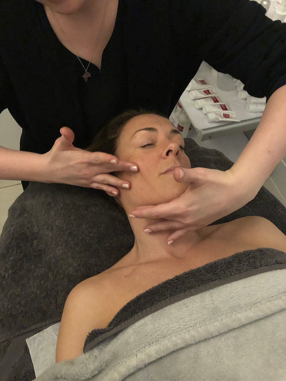 Boosting Facial Circulation during a Rosalena FaceFit Treatment at All About The Girl