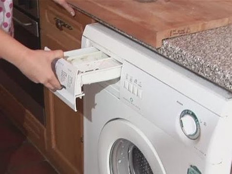 7 Simple Steps To Keeping Your Washing Machine Nice & Clean