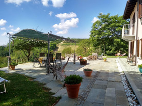 Sun terrace and breakfast area