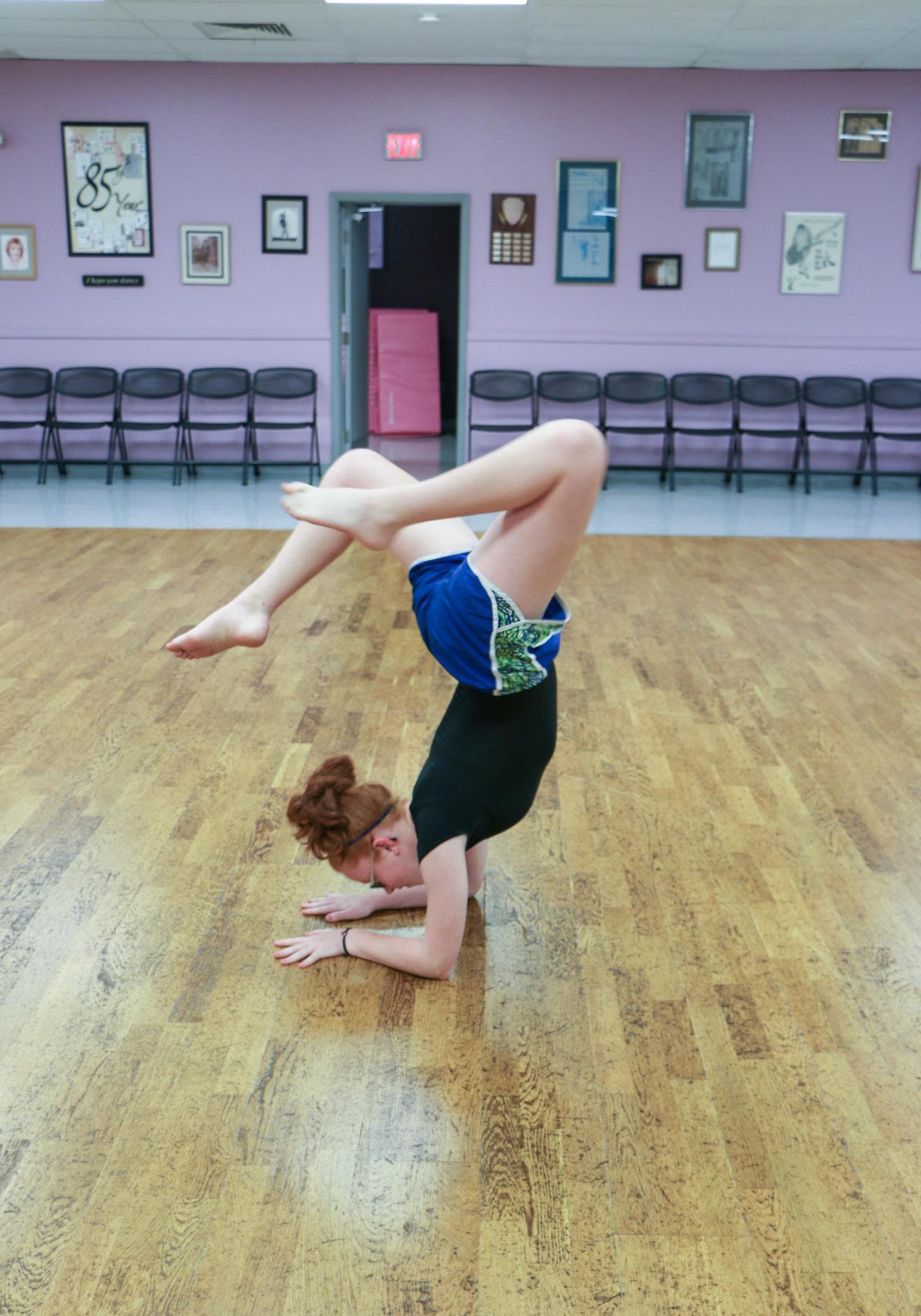 022_Dance