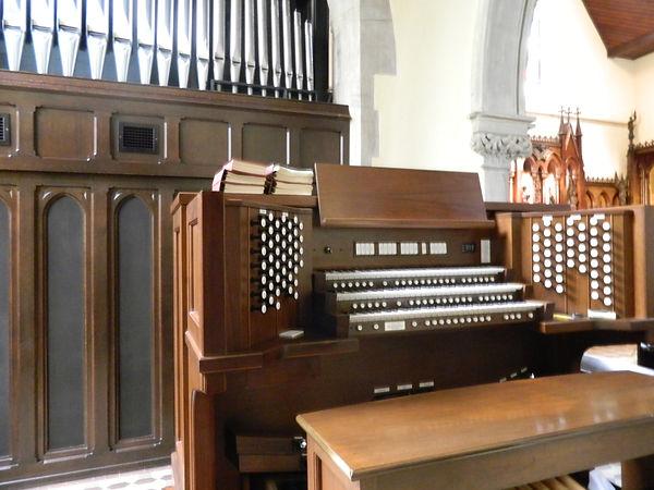 Allen Organ Installation - Christ Church, Georgetown DC