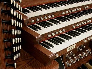 Allen Organ - Falls Church Presbyterian