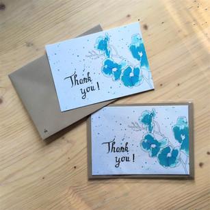 'Thank you' blauwe bloemetjes