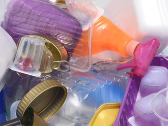 Правительство работает над запретом неперерабатываемого пластика