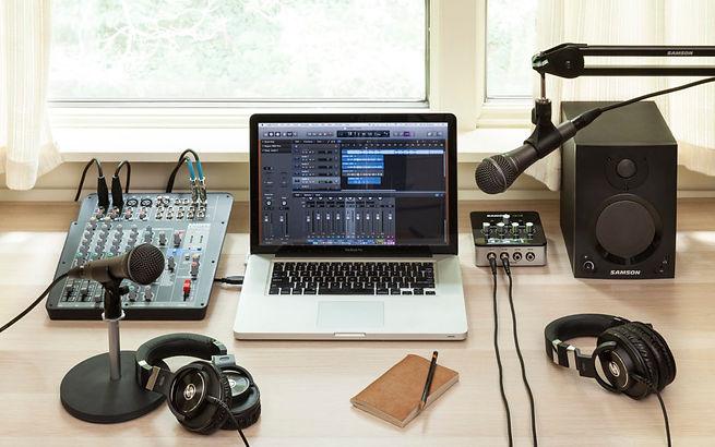 Samson-Podcast-Studio-1024x641.jpg