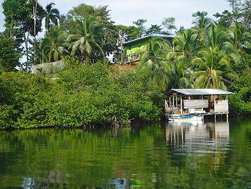 Nouvelle Maison panaméenne vue sur mer, à Bocas,Caraïbes