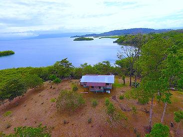 Nouvelle maison panaméenne sur un terrain2.3 hectares