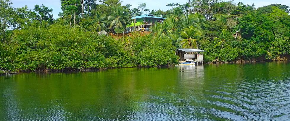 Ocean View Panamanian House in Bocas del Toro, Panama