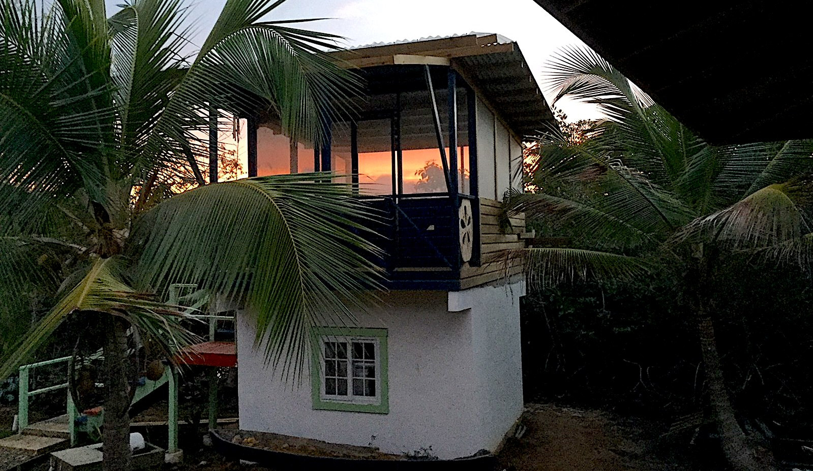 Private Island w/House, Rest/Bar/Yoga in Bocas del Toro, Panama
