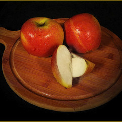 Pairs of Apples