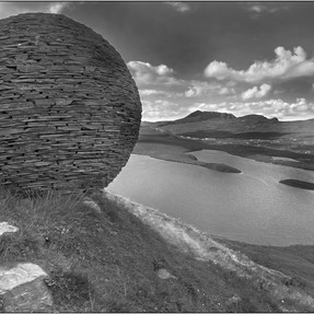 Knochan Crag stone sculpture