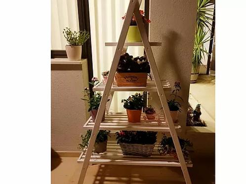 אדניות פרמידה
