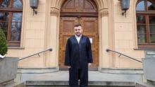 Vor dem Urteil im Abu-Walaa-Prozess: Eine Regalwand voller Akten und 120 Zeugen