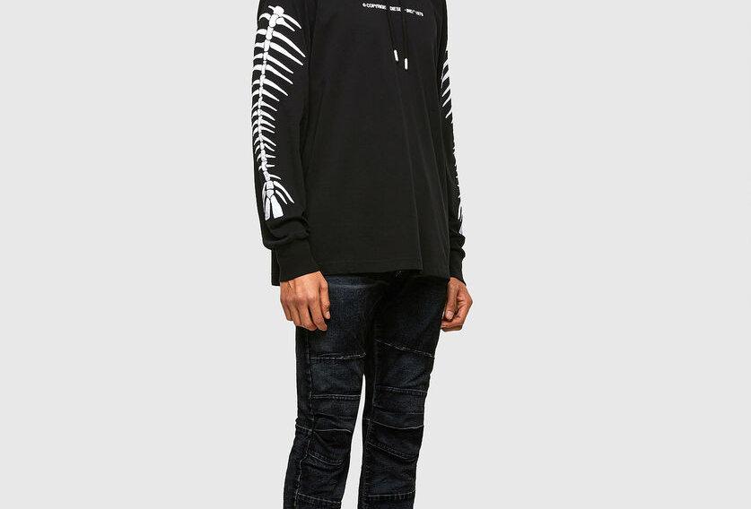 T-JUST-LS-HOOD-A6 Camiseta com capuz