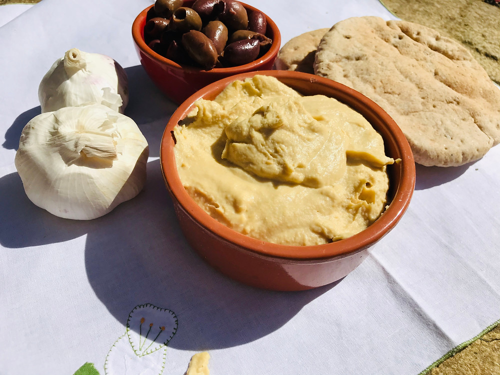 Hummus garlic olives pitta bread