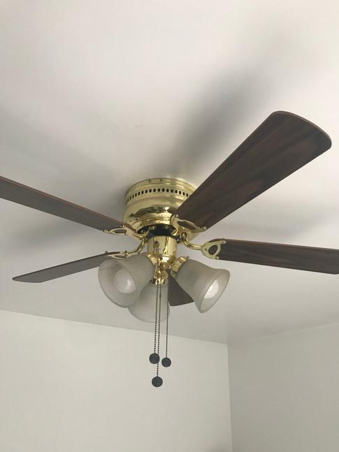 Old 1980's ceiling fan.