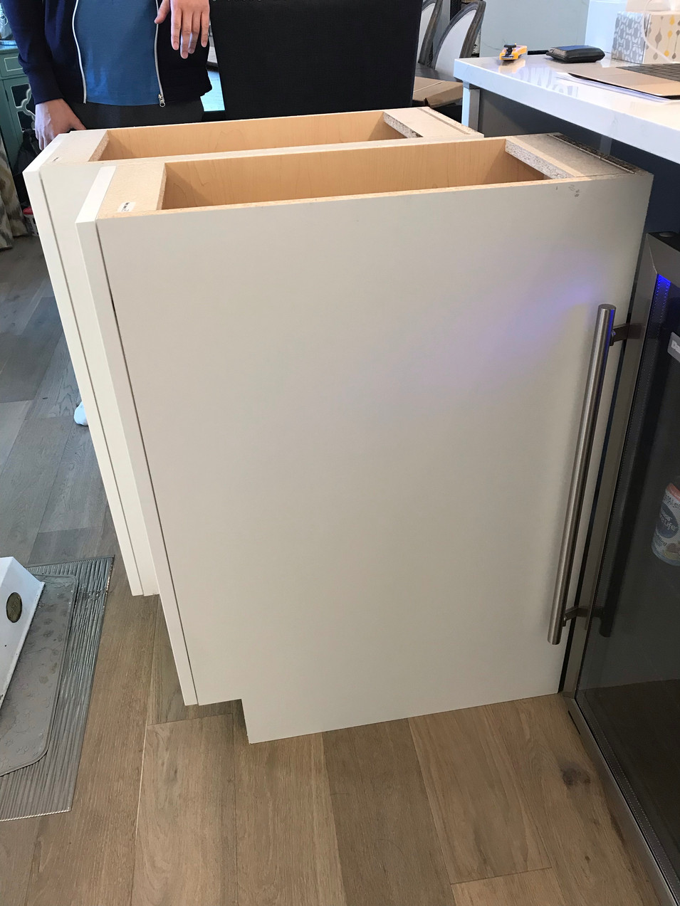 Cabinets and Winefridge for the new island.