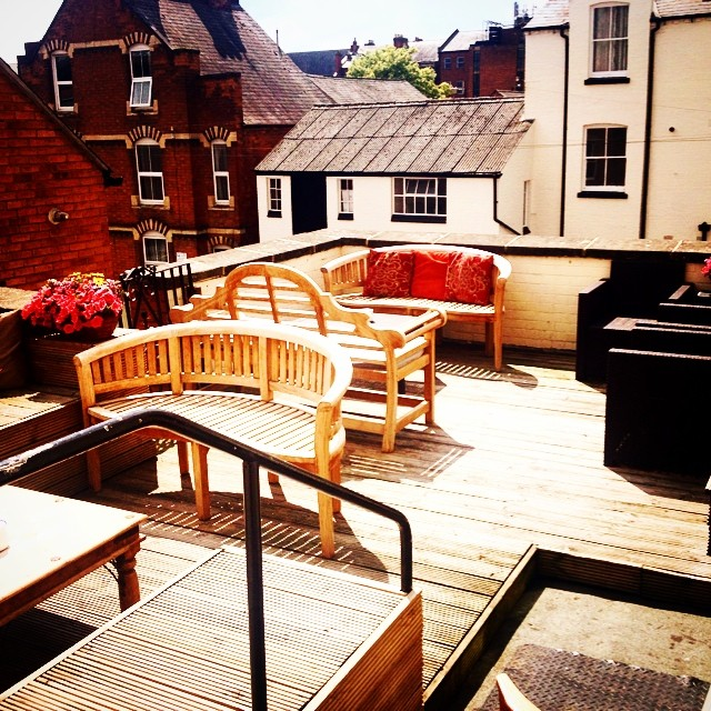 Our sunny roof terrace #leamington #sunbathe #foxandvivian