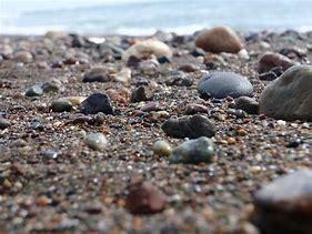 rocks on beach.png