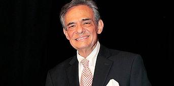 El cantante mexicano José José cumple hoy 70 años de edad