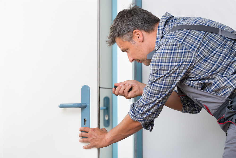 Door handles replaced, this is common in rentals.