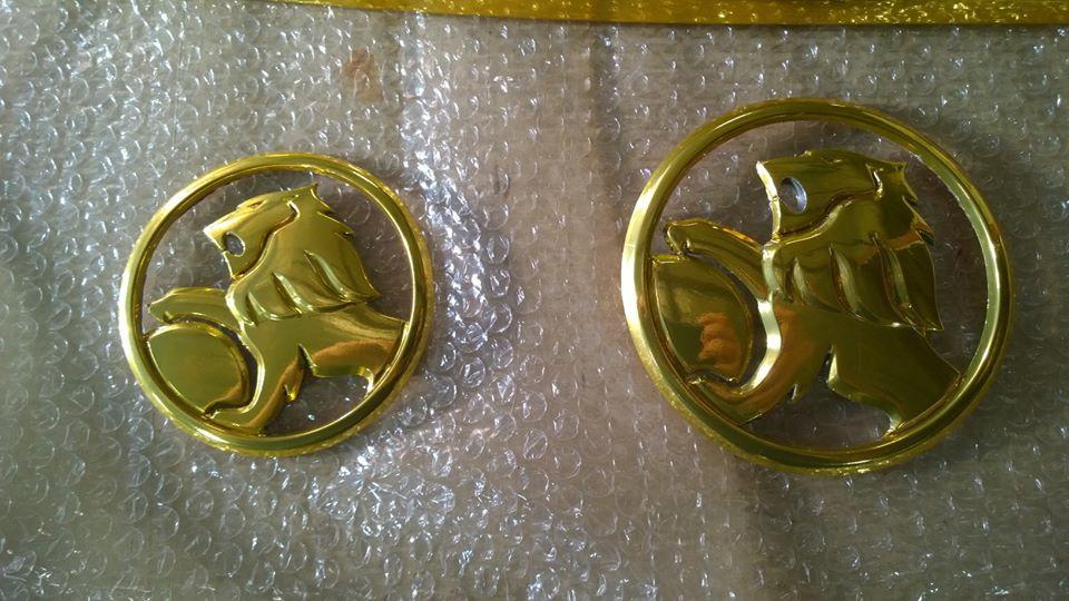Gold chrome trim2