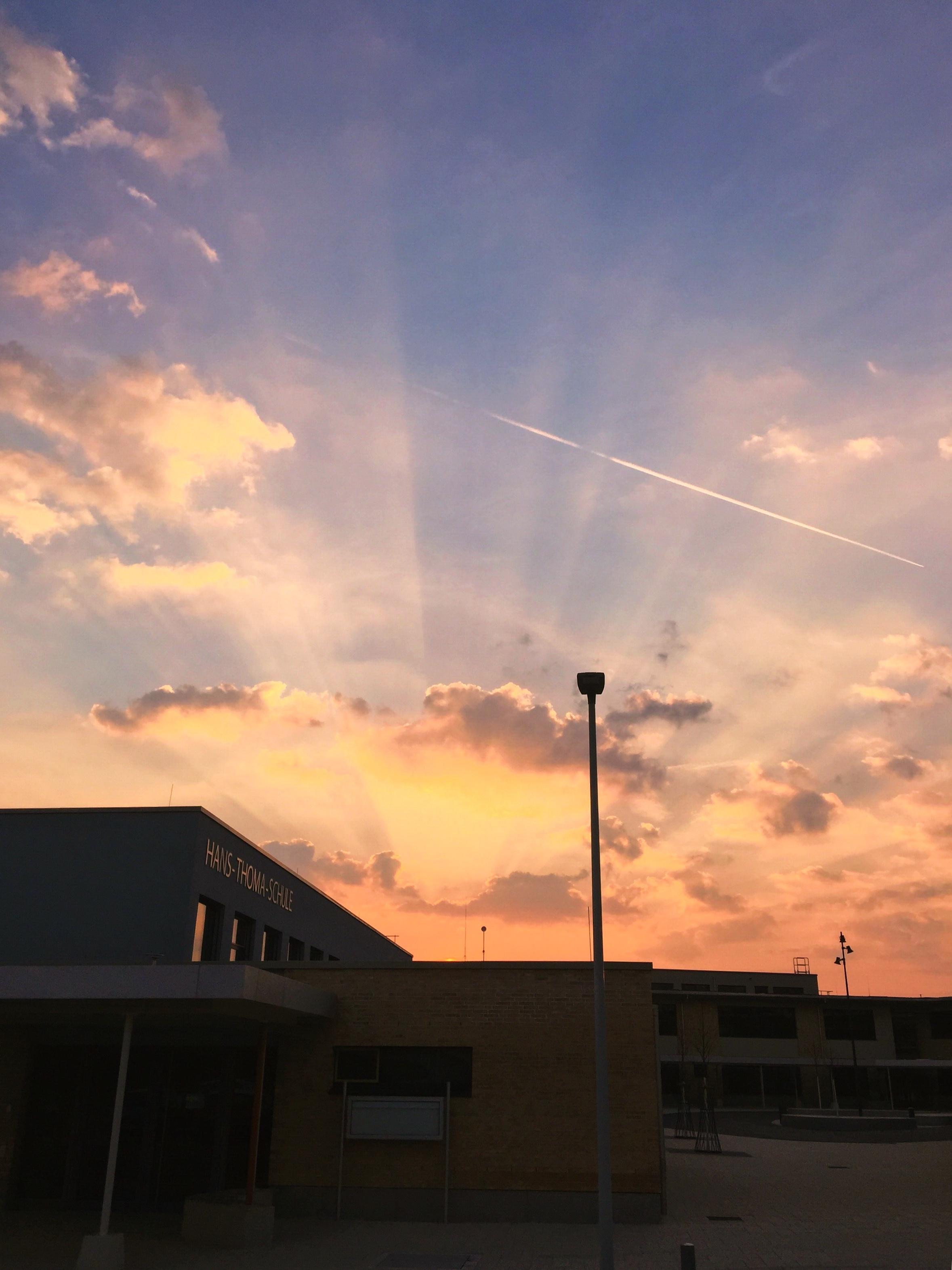 Hans Thoma Schule Sonnenaufgang C