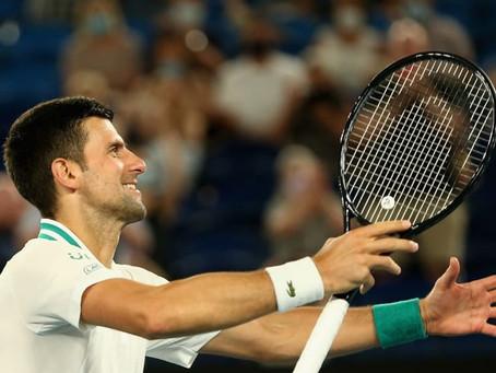 Medvedev desafia Djokovic em busca de feito inédito