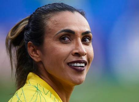 Assembleia Legislativa de AL aprova mudança de nome do estádio Rei Pelé para Rainha Marta