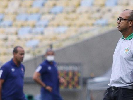 Felipe Surian segue confiante na reabilitação da Lusa no Campeonato Carioca
