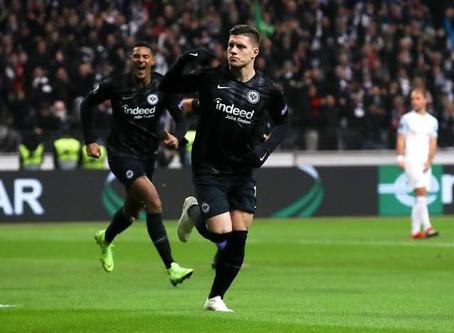 Real Madrid anuncia contratação do atacante Jovic