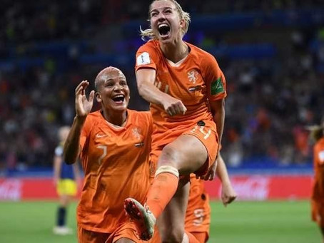 Holanda vence Suécia e conquista vaga na final da Copa do Mundo Feminina