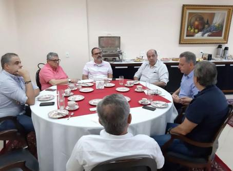 'Dois pesos e duas medidas'; times reduzem salários, mas criticam corte de verbas da Globo
