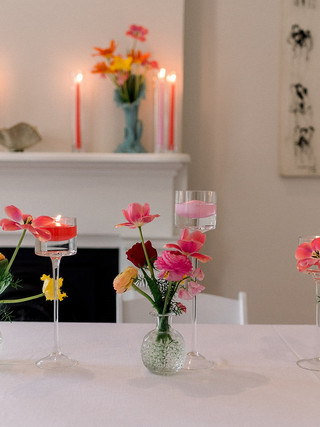 Floating candles and budvases