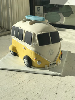 VW Bus Grooms Cake