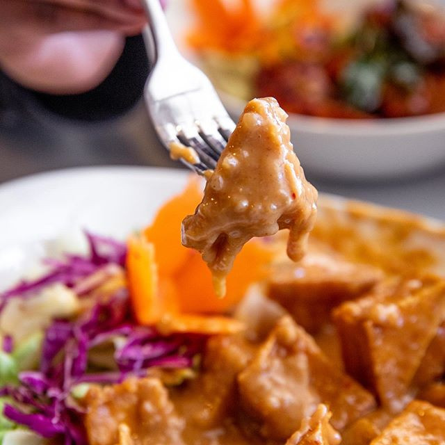 Taste our Delicious peanut sauce by gett