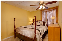 Lower level Queen bedroom.png