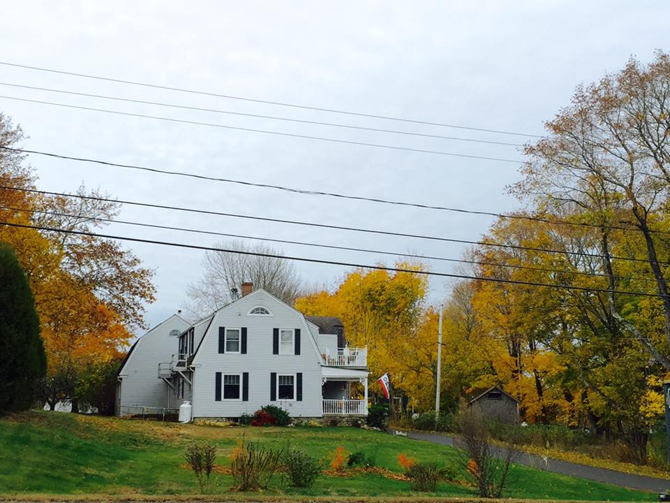 Heathwood Inn in the Fall