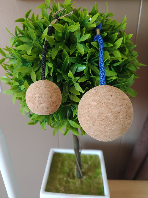 Set of 2 floating cork keychains
