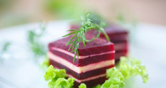 Quick Appetizers for Parties People Rave About Beet and Goat Cheese Appetizer
