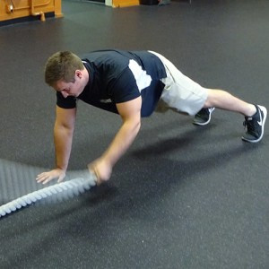 battle rope push up plank