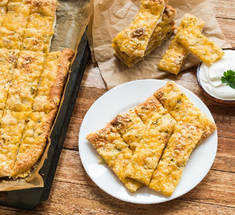 Cauliflower-Crust-Breadsticks
