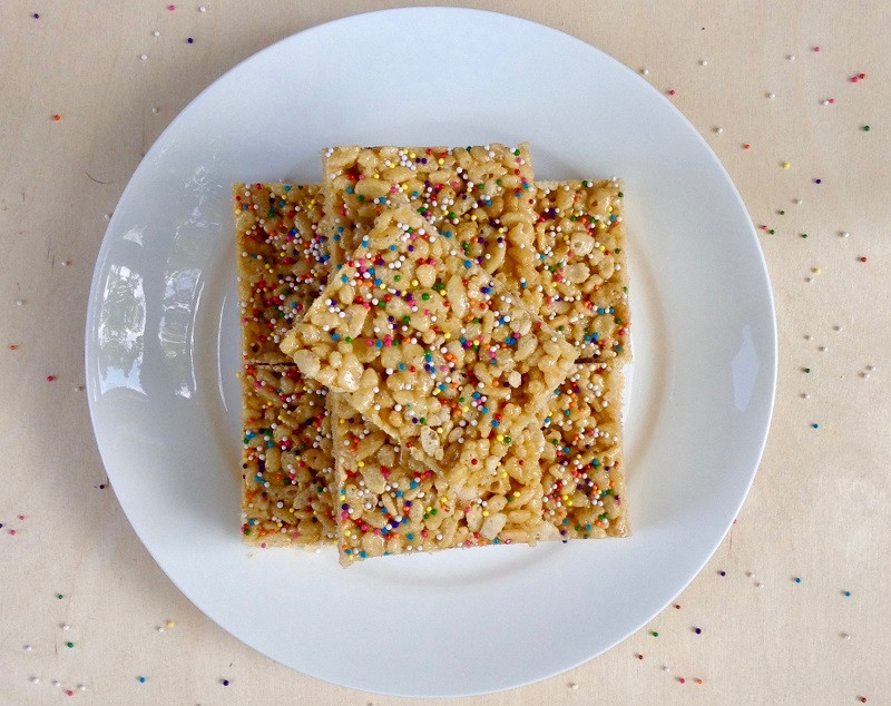 Cake-Batter-Rice-Krispie-Treats