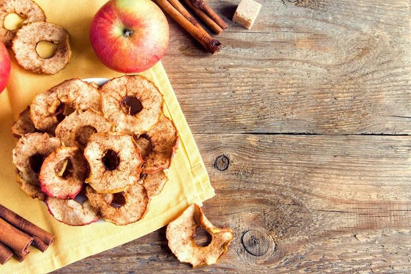 healthy apple cinnamon chip