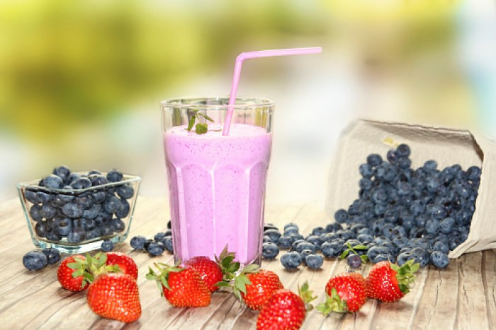 healthy snacks smoothie