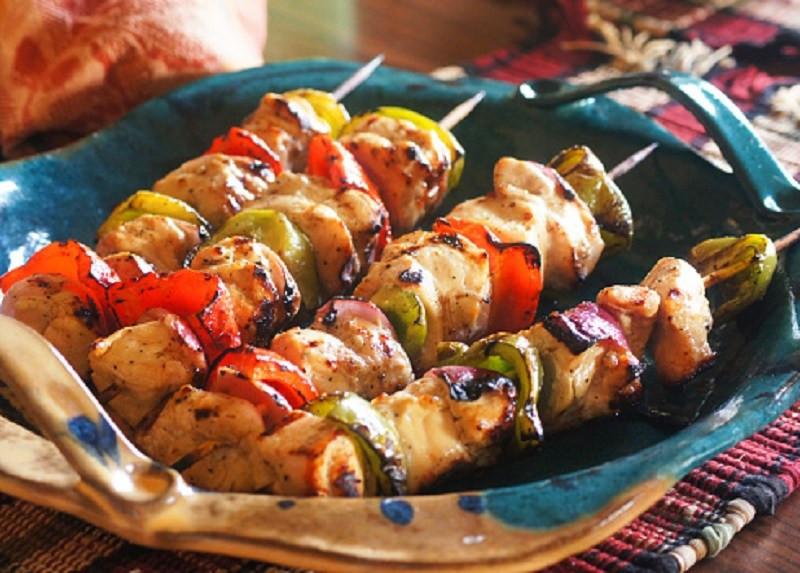 marinated-greek-chicken-skewers