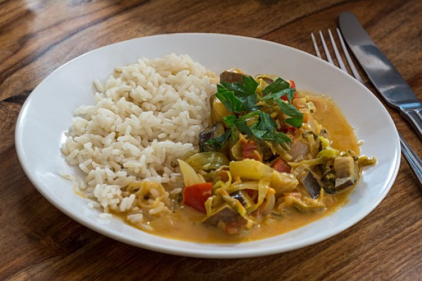 Date Night Dinner Ideas Ground Turkey and Veggie Curry with Brown Rice