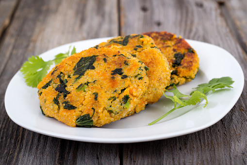 Sweet potato & corn veggie burgers